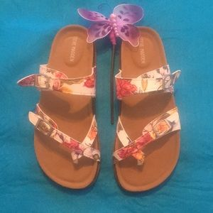 NEW 🌸 Never Worn Steve Madden Sandals Size 5 NWOT